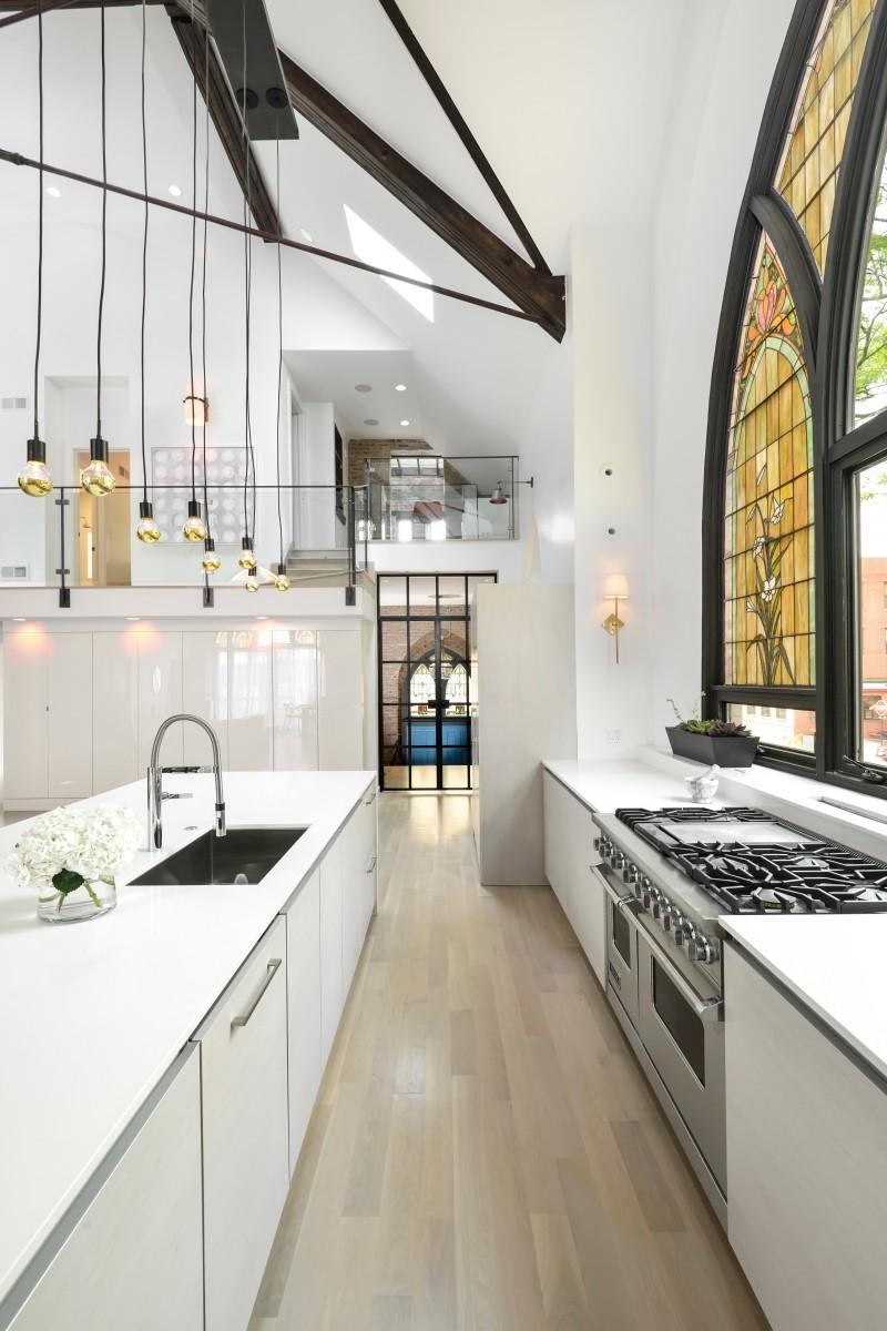 Home_Inspiration_en_mode_église_transformée_loft_Quartier_CreatiV