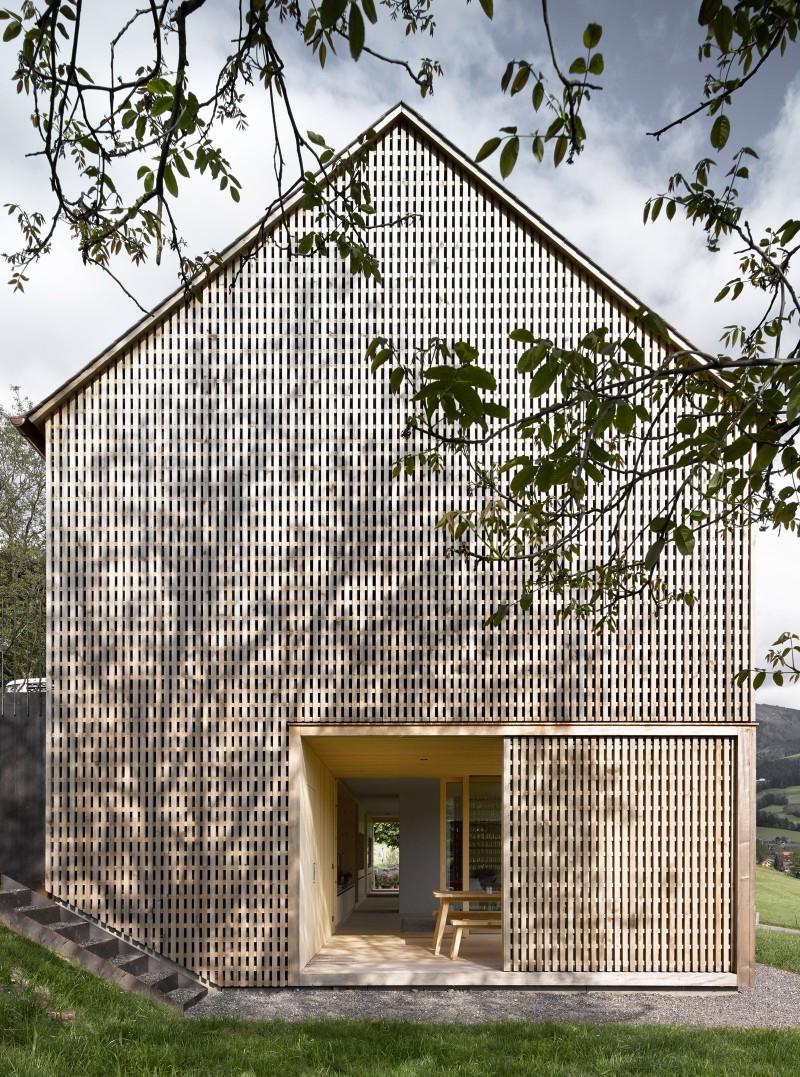 maison_en_bois_3_architectes_Innauer_Matt_par_Quartier_CreatiV